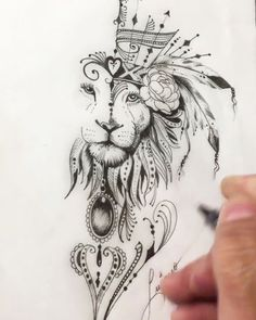Everyone who chooses tattoos wants to make their tattoos different and aesthetic. What kind of tattoos are right for you? You will find the answer in today's recommendation. The 30 tattoos of… Leo Tattoos, Animal Tattoos, Future Tattoos, Body Art Tattoos, Sleeve Tattoos, Tatoos, Geometric Tattoo Animal, Spirit Animal Tattoo, Leo Zodiac Tattoos