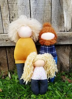 Natural Toys, Waldorf Dolls, Doll Toys, Doll Clothes, Crochet Hats, Handmade, Knitting Hats, Baby Doll Clothes, Craft