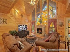 Official site for Simple Elegance cabin in Pigeon Forge. Book online and get over $400 in Trip Cash attraction tickets FREE.