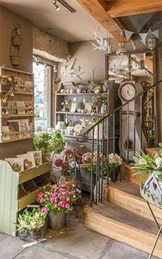 Our Gorgeous Flower Shop - The Willow Garden Florists - Hebden Bridge ↞❁✦彡●⊱❊⊰✦❁ ڿڰۣ❁ ℓα-ℓα-ℓα вσηηє νιє ♡༺✿༻♡·✳︎· ❀‿ ❀ ·✳︎· WED Aug 2016 ✨ gυяυ ✤ॐ ✧⚜✧ ❦♥⭐♢∘❃♦♡❊ нανє α ηι¢є ∂αу ❊ღ༺✿༻♡♥♫ ~*~ ♪ ♥✫❁✦⊱❊⊰●彡✦❁↠ ஜℓvஜ Flower Shop Interiors, Willow Garden, Flower Shop Design, Flower Market, Flower Shops, Store Displays, Retail Displays, Window Displays, Shop Fronts