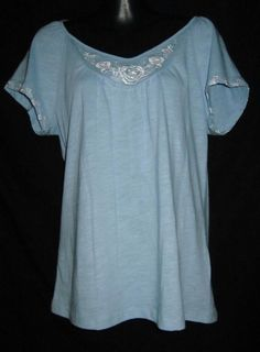 Starting bid .99 cents  Jones New York Small Shirt NEW Womens Small Shirt NEW Ladies Small Top Blue NICE