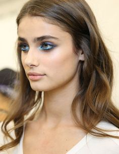 Taylor Hill - Beauty at Elie Saab Spring 2015 | PFW
