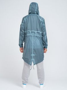 GENTRYNYC-STONE-ISLAND-HYPER-LIGHT-MEMBRANA-TC-HOODED-PARKA-LIGHT-BLUE-ALT6_1024x1024