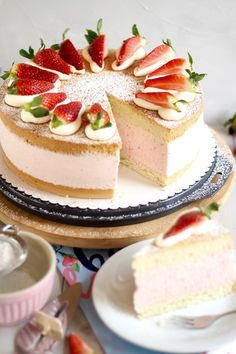 Bon Dessert, Dessert Cake Recipes, Great British Chefs, Great British Bake Off, Strawberry Cream Cakes, Dinner Party Desserts, Cake Show, Naked Cakes, Austrian Recipes