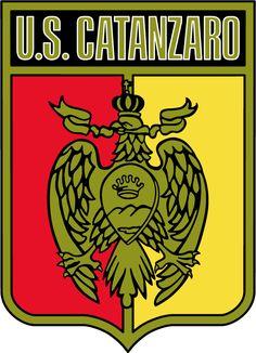 Fifa, Sports Clubs, Ferrari Logo, Team Logo, Badge, Soccer Teams, Tatoo, Sports, Scenery