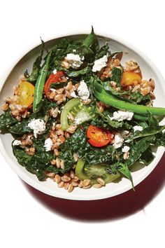 Farro, Green Bean, and Kale Salad from the Cooking Light Diet Vegetarian Lunch, Vegetarian Dinners, Vegetarian Recipes Easy, Healthy Recipes, Healthy Salads, Veggie Dinners, Simple Recipes, Delicious Recipes, Healthy Foods