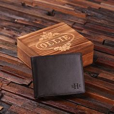 Classic leather mens leather wallet, available in brown and black, with optional wood gift box. Crafted from genuine cow leather, these make the