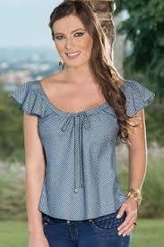 Resultado de imagen para pinterest blusas 2017 Blouse Styles, Blouse Designs, Trendy Outfits, Cool Outfits, Sewing Blouses, Blouses For Women, Womens Fashion, Fashion Trends, Fashion Dresses