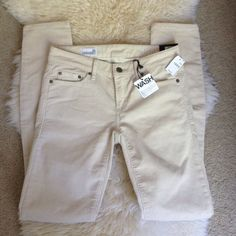 NWT GAP Always Skinny Cords - LAST CHANCE!! Brand new, no damage! GAP Pants