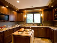 traditional kitchens | Warm and Traditional Neutral Kitchen