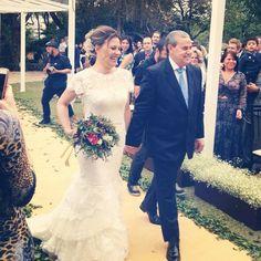 Linda Katia Santos e seu sorriso maravilhoso! Wedding Dress Atelier Carla Gaspar.