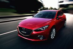 Foto Delantera Mazda 3 Dos Volumenes 2013