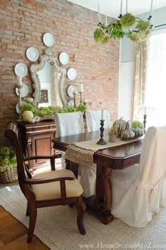 Fall DIY decorating ideas in the dining room. Fall Home Tour.