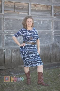 LuLaRoe Julia dress! To schedule your personal LuLaRoe styling consultation, email lularoe.leslie@gmail.com!