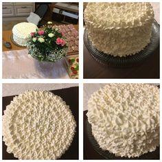 Aava Aurora Elisabeth ristiäiskakku. 1,5 kakkupohjaa 3 väliä, joissa kinuskia ja kermaa.