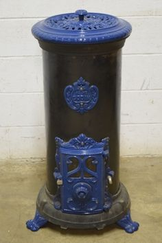 Black Porcealin O\'Keefe & Merritt Apartment Size Stove By Antique ...