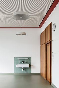 Menzi Bürgler Architekten, Beat Bühler · Renovation of the Felsberg School complex Mid-century Interior, Interior Architecture, Interior And Exterior, Interior Design, Dome House, Alvar Aalto, Home And Deco, Bathroom Inspiration, Decoration