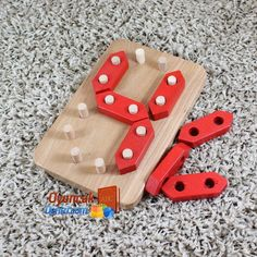 Ahap rakamlar oyuncakdenizi com big bear busy board activity board montessori toys wooden toys etsy Handmade Wooden Toys, Wooden Diy, Diy For Kids, Crafts For Kids, Wood Crafts, Diy And Crafts, Wooden Playset, Wood Toys Plans, Wood Games