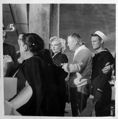 Marilyn and director Henry Hathaway on the set of Niagara, 1952.
