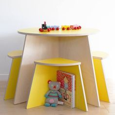 Circle Table including 4 stools from Danish brand Small Design. Modern and functional table-and-chair-set for children. Available in four colors. Kids Table And Chairs, Kid Table, Plywood Furniture, Kids Furniture, Circle Table, Multifunctional Furniture, Kid Desk, Kids House, Kids Bedroom