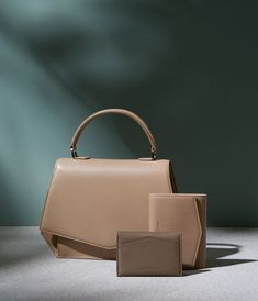 Byredo for Wall Street Journal – Gustav Almestål Photography Bags, Still Life Photography, Fashion Photography, Product Photography, Lund, My Bags, Purses And Bags, Leather Handbags, Leather Bag