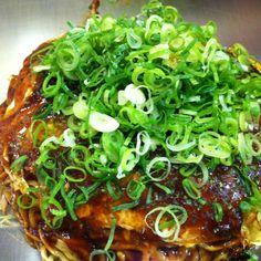 Hiroshima Style Okonomiyaki / 広島風お好み焼き