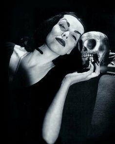 Vampira and I...