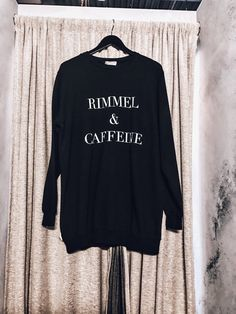 Sweater with words | miami fashion stylist portfolio #fashionblogger illyperez.com | @houseofshe