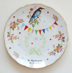 Plates painted by hand. Nina Inworm