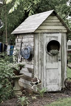 Quaint Rustic Garden Shed - Rocky Hedge Farm - Small Rustic White Garden Shed Painted Garden Sheds, Cottage Garden Sheds, Farmhouse Garden, Garden Junk, Garden Tools, Farmhouse Style, Rustic Gardens, White Gardens, Outdoor Gardens