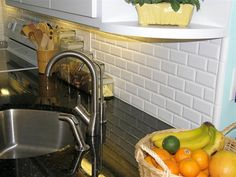 Great Suggestion For A Finished Edge With Subway Tiles.