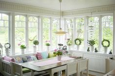 Beautiful Sunroom Windows To Relax In Some Space 30 Sunroom Windows, Cottage Windows, Home Interior, Interior Design, Interior Modern, Interior Decorating, My Dream Home, Beautiful Homes, Bedroom Decor