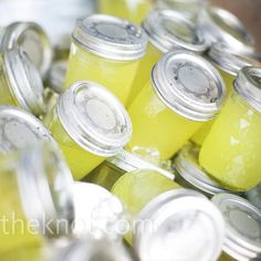 lemonade in mason jars:)