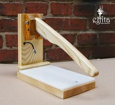 Hand Press with LED Lamp | ELFITA