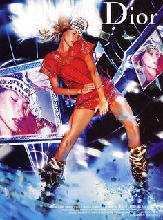 Gisele Bundchen for Christian Dior by John Galliano, Fall/Winter campaign. Christian Dior, Jhon Galliano, Gisele Bündchen, Foto Fashion, Dark Fashion, Fashion Advertising, Fashion Poses, Editorial Fashion, Supermodels