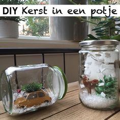 DIY: Kerst in een potje Christmas Arrangements, Christmas Table Settings, Christmas Decorations, Christmas Mason Jars, Christmas Candles, Christmas Ornaments, Christmas 2017, Christmas Time, Handmade Christmas Crafts