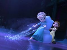 How does young Elsa wear her hair?