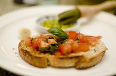 Bruschetta con Pomodoro Bruschetta, Cooking, Ethnic Recipes, Food, Kitchen, Eten, Meals, Cuisine, Diet