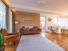Stylische 3-Zimmer #Terrassenmaisonette mit eigenem Eingang und #Haus in Haus Charakter in #Salzburg #Itzling. Salzburg, Divider, Room, Furniture, Home Decor, Real Estates, Environment, Door Entry, Homes