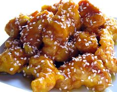 How to Make Crispy Battered Chicken in Honey Sauce (or Honey and Chili Sauce) (food to make honey) Chinese Honey Chicken, Crispy Honey Chicken, Honey Sesame Chicken, Garlic Chicken, Ginger Chicken, Cashew Chicken, Glazed Chicken, Orange Chicken, Great Recipes