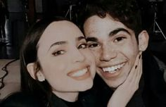Sofia Carson, Disney Best Friends, Descendants Cast, Decendants, I Miss U, Katherine Mcnamara, Cameron Boyce, Teen Fashion Outfits, Female Actresses