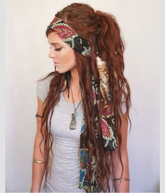 Good Lord I wish I had the courage to do this to my hair. If I ever fulfill my dream of becoming a Louisiana swamp witch then maybe I will!