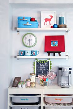 IHeart Organizing: IHeart Holidays - Decking our Halls in 2014! Holiday Drink Station for the Winter Season! {LOVE the Glittered Mason Jar Lids} (image 2) 12.24.14