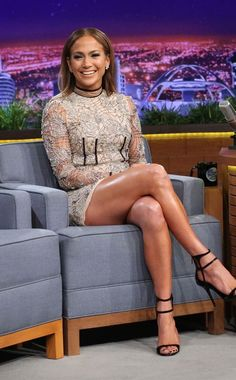 Jennifer Lopez from The Big Picture: Today's Hot Pics Thestarlet gives a giant smile while on The Tonight Show in Los Angeles.
