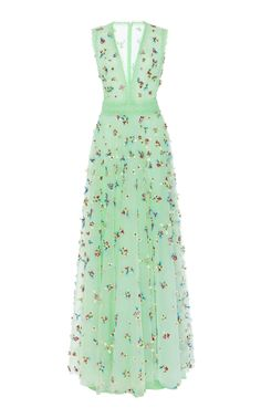 Sleeveless Embellished Tulle Gown by Costarellos Dress Outfits, Dress Up, Fashion Dresses, Pretty Dresses, Beautiful Dresses, Tulle Gown, Types Of Dresses, Classy Outfits, Green Dress