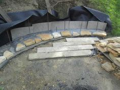 Adding a fire pit creates a stunning atmosphere in a setting. Here's a succesful project wherein a beautiful firepit was built right into a hillside. Garden Fire Pit, Diy Fire Pit, Fire Pit Backyard, Backyard Patio, Landscaping On A Hill, Fire Pit Landscaping, Landscaping Ideas, Sloped Backyard, Backyard Seating