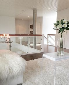 Amazing new elegant modern house interior design - Moderne Inneneinrichtung Modern Home Interior Design, Dream House Interior, Dream Home Design, Modern House Design, Modern Decor, Style At Home, Elegant Homes, Design Case, House Rooms