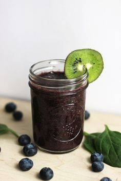 Blueberry, Kiwi, and Mint Smoothie
