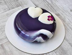 """""""И снова сердечки #cakes #cake #moderncake #entremet #decoration #lovetobake #vsco_food #dessert #instafood #foodporn #beautifulcuisine #pastry…"""""""