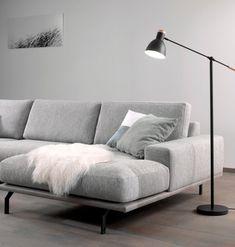 Modern Sofa Designs, Contemporary Interior Design, Living Room Home Theater, Living Room Decor, Hall Furniture, Upholstered Furniture, Nordic Living Room, Minimalist Sofa, Loft Interiors